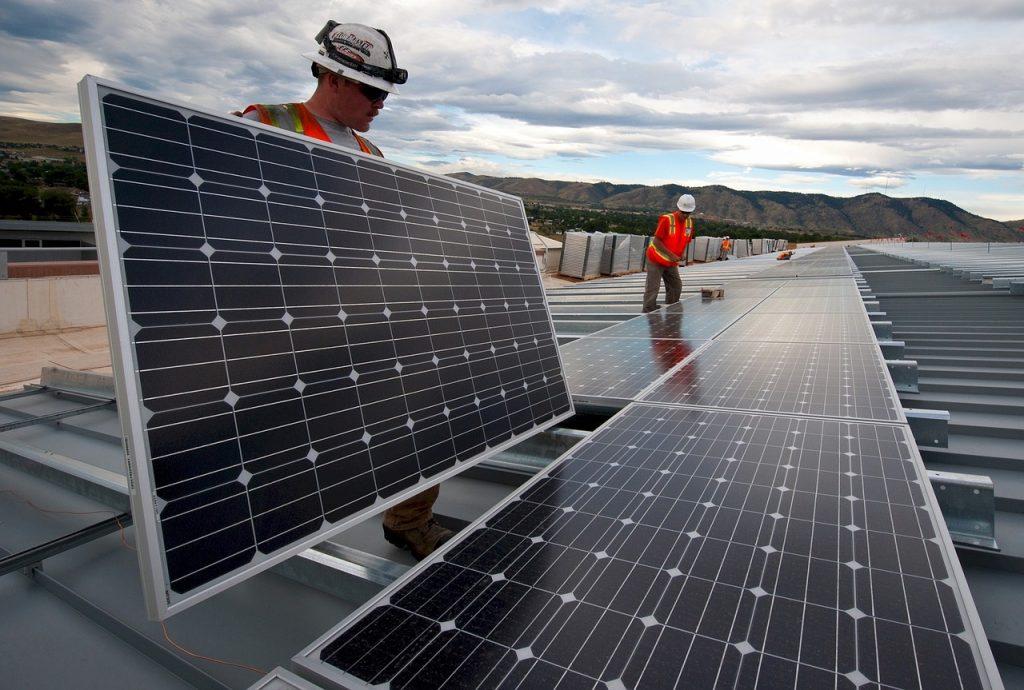 L'artisan rge est en mesure d'installer des solutions utilisant les énergies renouvelables