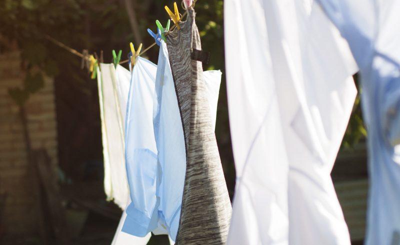 Créér une lessive ecologique fait maison permet de faire des économies et de protéger la planète
