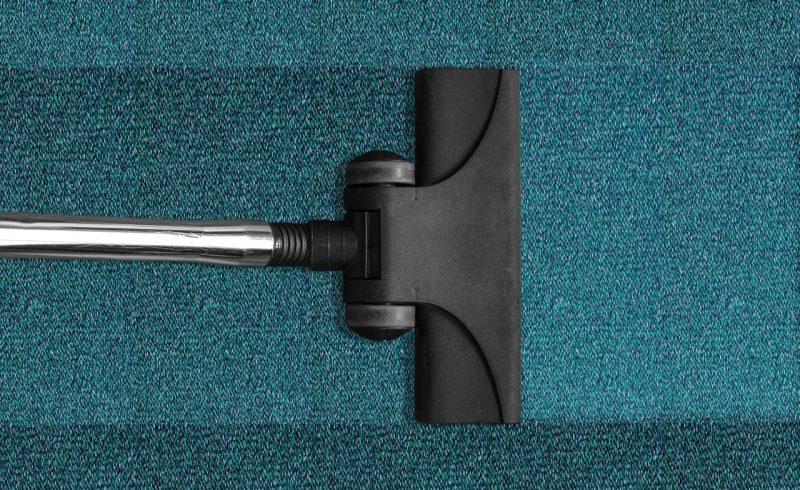 Le vinaigre blanc est parfait pour nettoyer un tapis en profondeur