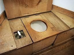 Les toilettes sèches sont adoptées par un grand nombre de personnes qui souhaitent devenir éco-citoyen